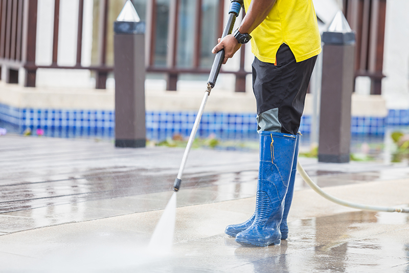 Jet washing surfaces