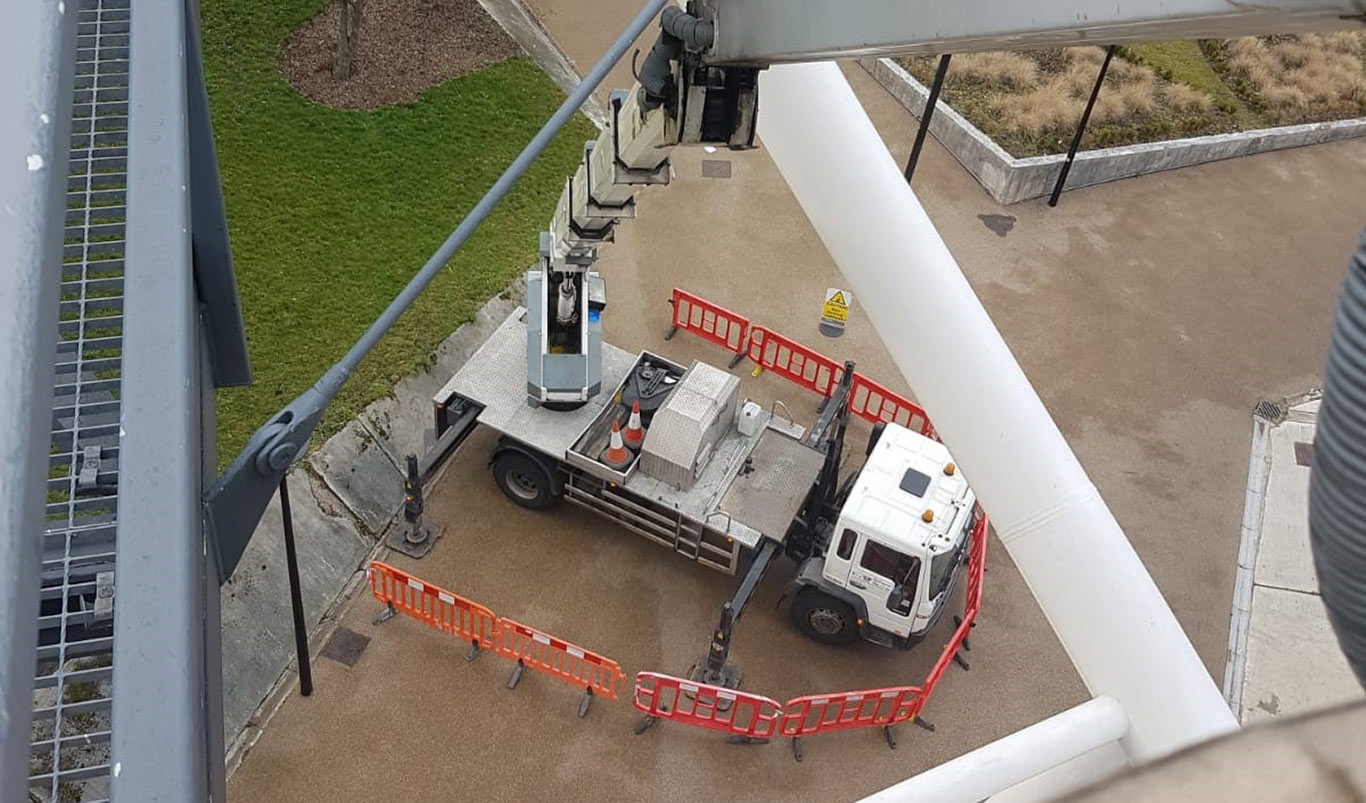 Tracked machine access platform hire